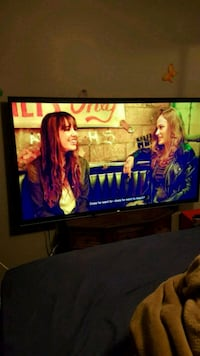 Vizio flat screen tv smart   65 inch