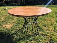 "48"" Round Dining Table (sale) Leesburg, 20175"