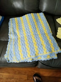 white and yellow knitted textile Bensenville, 60106