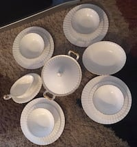 Royal Albert Val D'Or Dinner Set for 4 Surrey, V3W