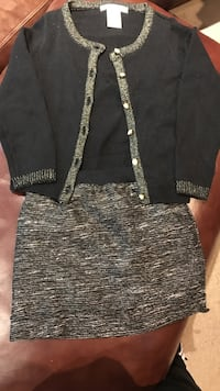 Girls size 5-6 sweater and skirt set. Gold and black. In excellent condition   Mt Laurel, 08054