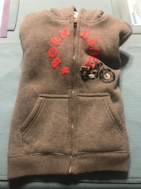 Boys 4T zip up hoodie Toms River, 08755