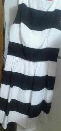 Black and white dress only  used 1 time Morristown, 37814
