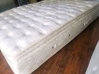 Queen pillowtop 200$ delivery 30. Pet smoke free n Edmonton, T6B 0A2