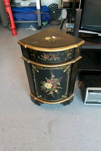 brown and black floral wooden side table Brampton, L6P