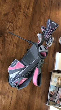 Black and pink golf bag Aldie, 20105