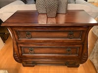 Brown wooden 3-drawer dresser  Toronto, M6K 1P5