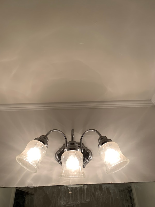 Used Bathroom vanity light fixtures (3). $15 each selling all 3 together. for sale in Tyrone - letgo
