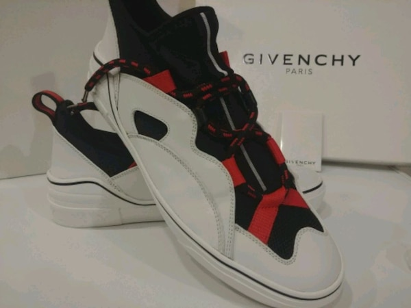 Mens Givenchy Sneakers size 9.5 uk42 74904bba-dab1-4352-b313-ca9cb1a402fb