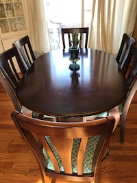 round brown wooden table with four chairs dining set Hurleyville, 12747