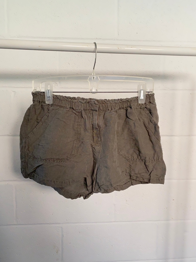 Photo Large Olive Green Summer Shorts