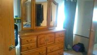 Family traditions oak ceder dresser with mirror Holden, 64040