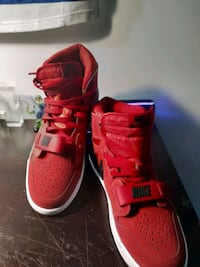 Jordans comes with box never used size 10 Edmonton, T5G 0S5