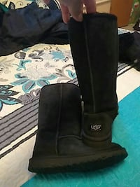 pair of black UGG classic short 2 Oxnard, 93030