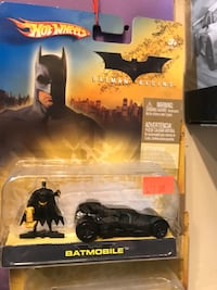 black and white Batman action figure Industry, 90601
