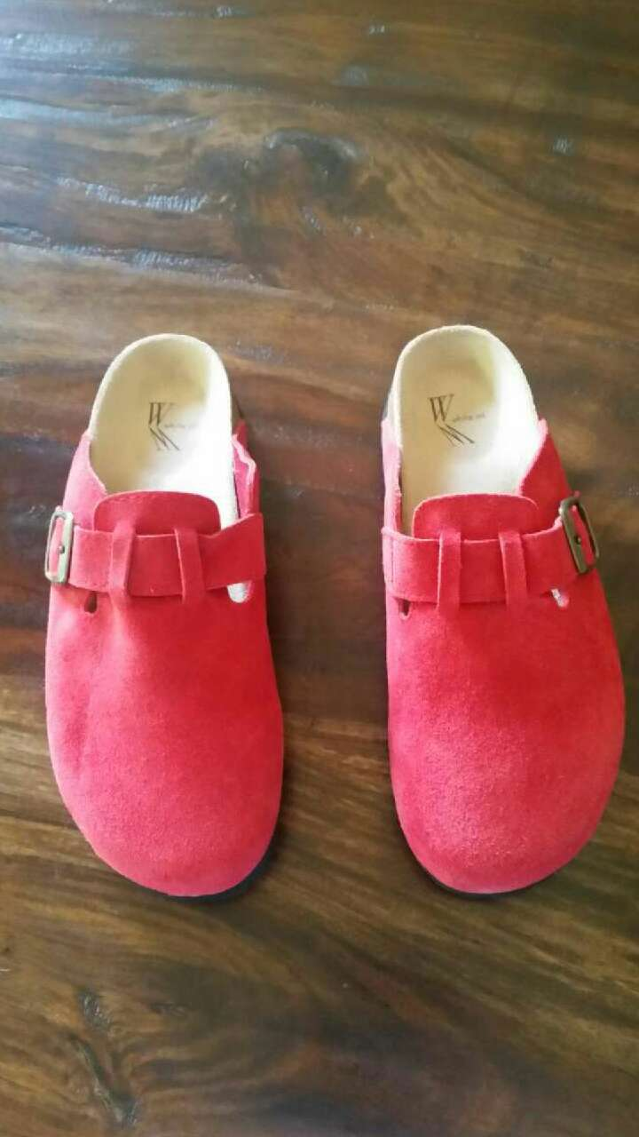 Women's Red Suede Clogs Size 8