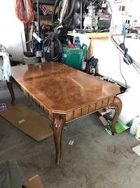 Long Coffee Table, Two Matching Side Tables and Two Lamps Mississauga, L4Z 2S4