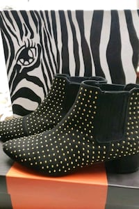 Black and Gold short boots