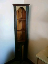 brown wooden framed glass display cabinet Barberton, 44203