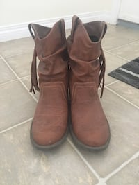 Pair of brown suede boots Chestermere, T1X 1T2