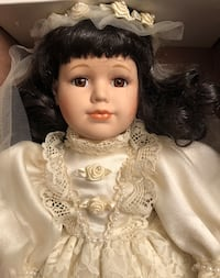 Vintage Porcelain Doll by The Broadway Collection La Porte, 77571