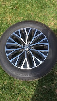 Chrome volkswagen multi spokes auto wheel with tire Burlington, L7T 3B7