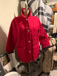 Cleo red lightweight jacket size L Wilmot, N3A