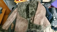 brown and gray fur coat New Hope, 35760