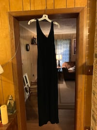 Full length (dark blue velvet small/medium) evening gown Vicksburg, 39180