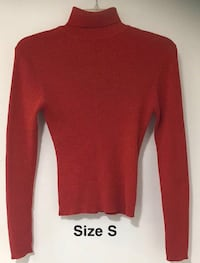 Christmas Red Sweater Size Small 575 mi