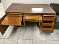 Old solid wood office desk Wildwood, 34785