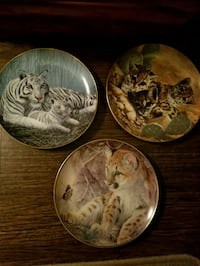 Assorted collector plates  25 for all 3 or 10 each Hamilton, L8J
