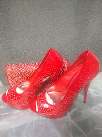 Shoes and clutch purse size 7.5