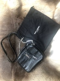 Ysl Crocs embossed bag Toronto, M1V 3M6