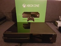 black Xbox One console with box Amberley, 45237