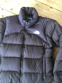 svart North Face zip-up boble jakke