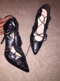 Black lace up heels 10/10 condition new Brampton, L6X 5E8