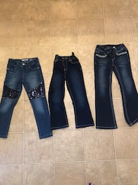 3 Girls size 5 t jeans Dudley, 01571