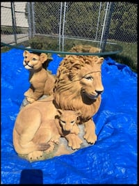 Lion End Table or Bed Stand
