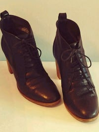 Classic Black high leather ankle boot 8 1/2 Los Angeles, 90049