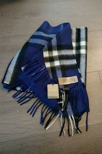 Burberry mens scarf with tags  Burnaby, V5C 4C1