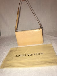 Louis Vuitton vernis pouchette Welland, L3C 5M9