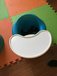 Tray and bumbo Springwater, L0L