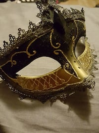 Black and Gold Masquerade Mask Barrie, L4M 6C5