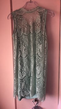 Lace dress Ottawa, K2H 6Y5