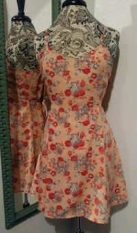 Peach with Red & Grey Floral Detail Summer Dress S Las Vegas, 89108
