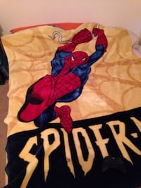 Spiderman blanket fits a double bed Winnipeg, R2P 2E1