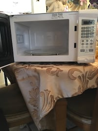 Rival microwave , barely used Springfield, 22153