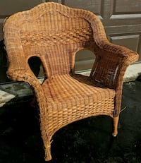 Wicker Chair + Coffee Table Oakville, L6M