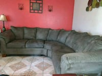 Sage sectional couch suede soft in excellent cond. Tulare, 93274